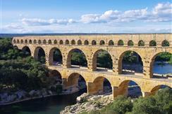Le colorado proven al tourisme bouches du rhone - Distance entre marseille et salon de provence ...