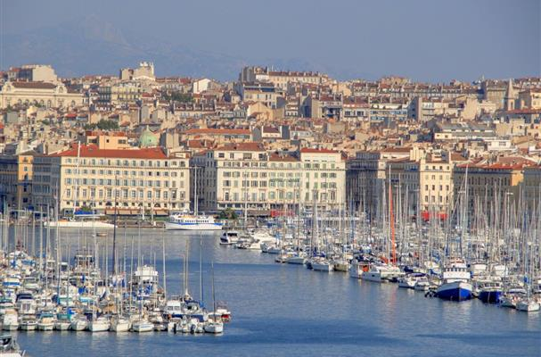Marseille et son vieux port tourisme bouches du rhone - Distance entre marseille et salon de provence ...